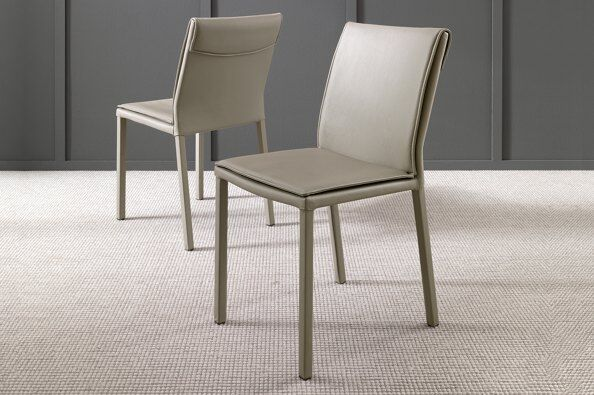 Molly Leather Dining Chair / 2