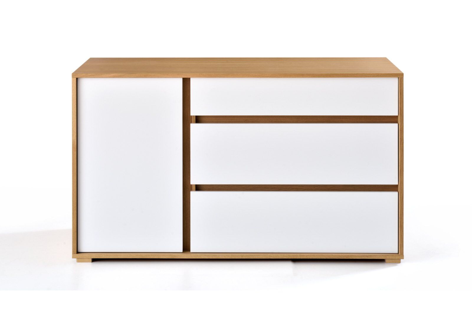 Clarion Chest of Drawers / 1
