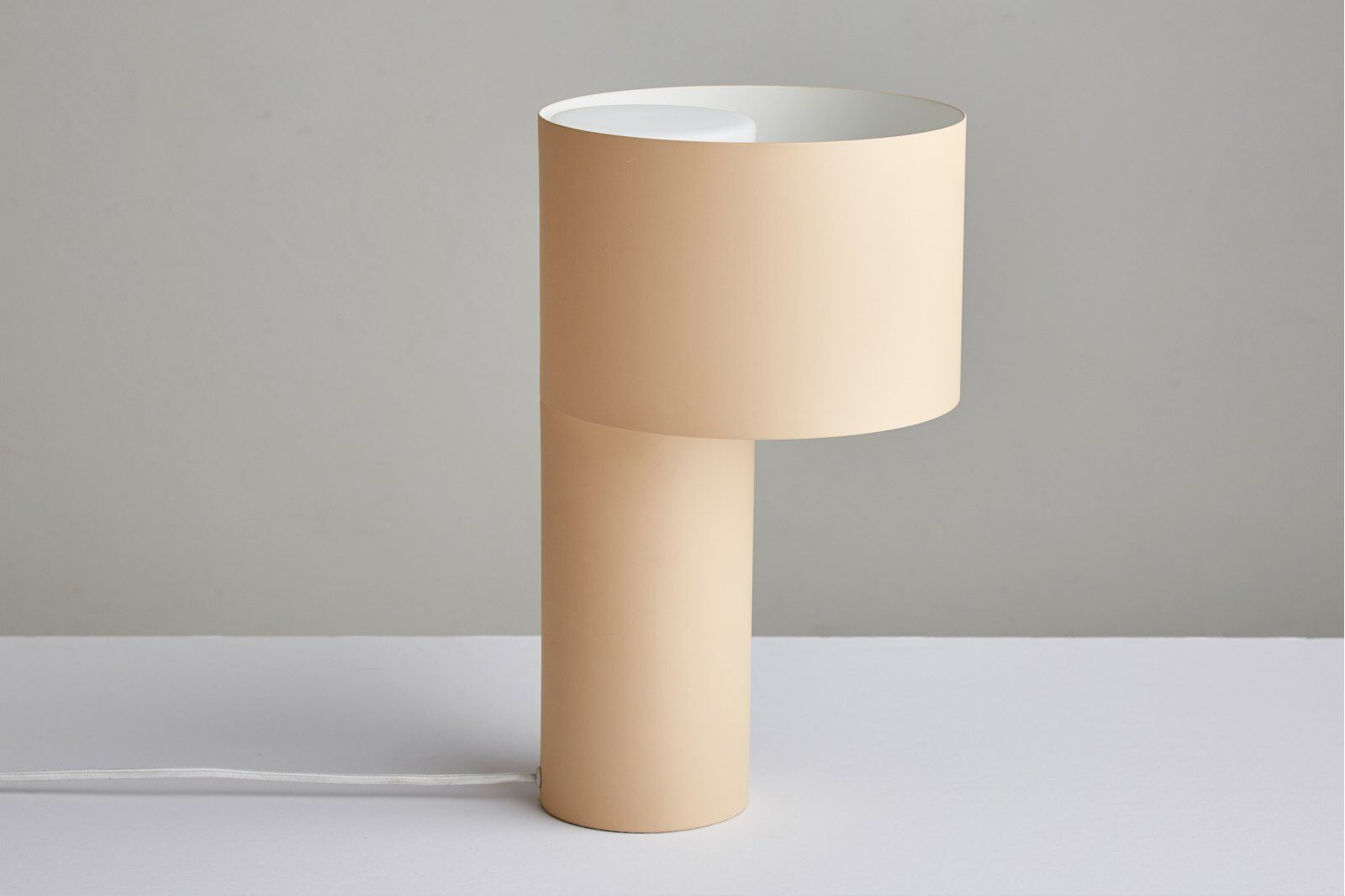 Tangent Table Lamp / 1