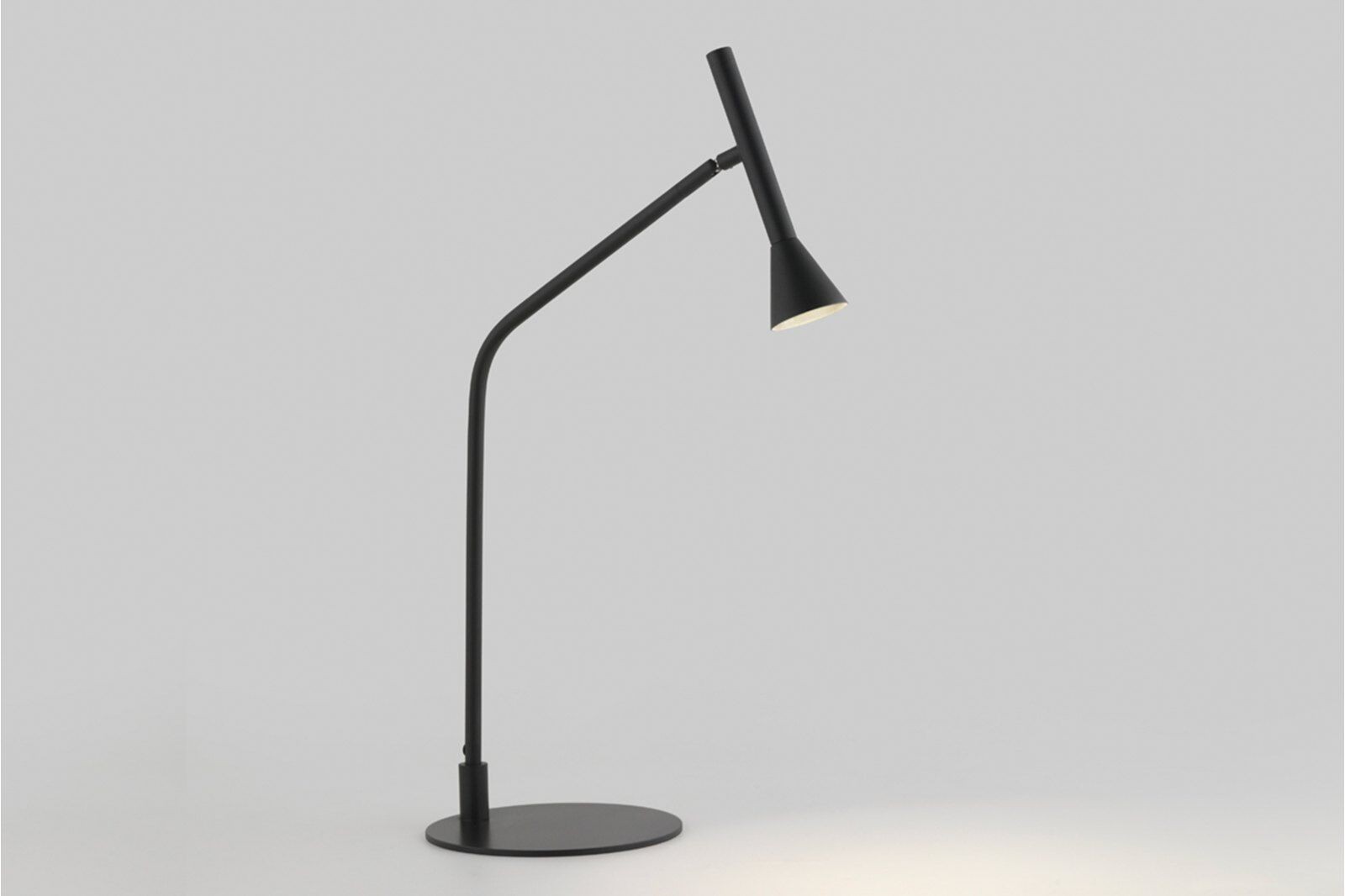 Anders Table Lamp / 1