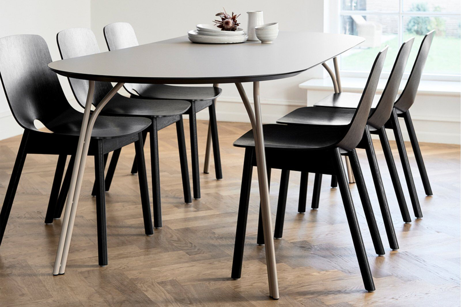 Tree Oval Dining Table 220cm / 1