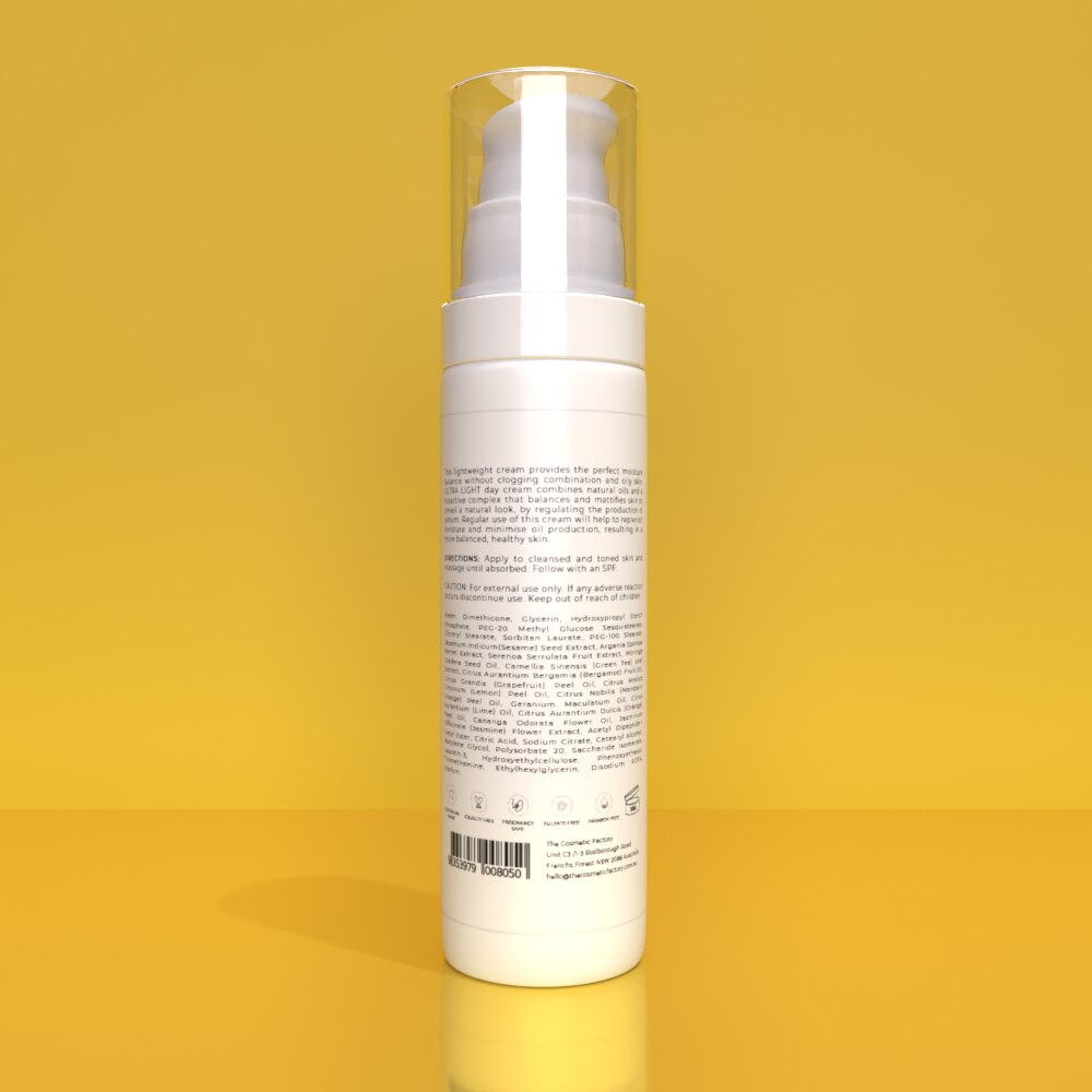 ULTRA LIGHT DAY CREAM - Balances skin natural moisture without clogging